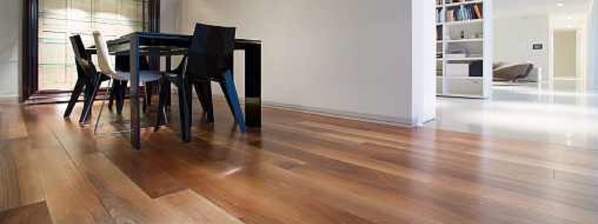 COMMON WAYS TO RUIN YOUR WOODEN FLOORING