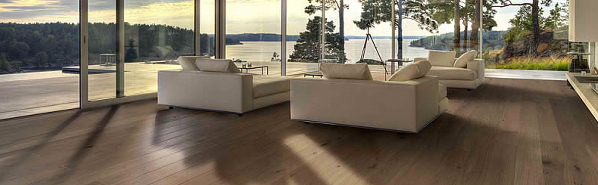 Browse our types of wood flooring to find the ideal colour and style for the floor in your room.