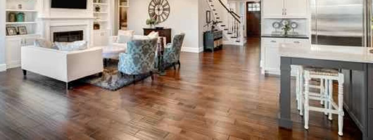 TRANSFORM YOUR LOUNGE WITH HARDWOOD FLOORING